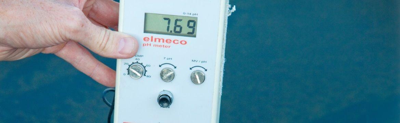 pH van water controleren