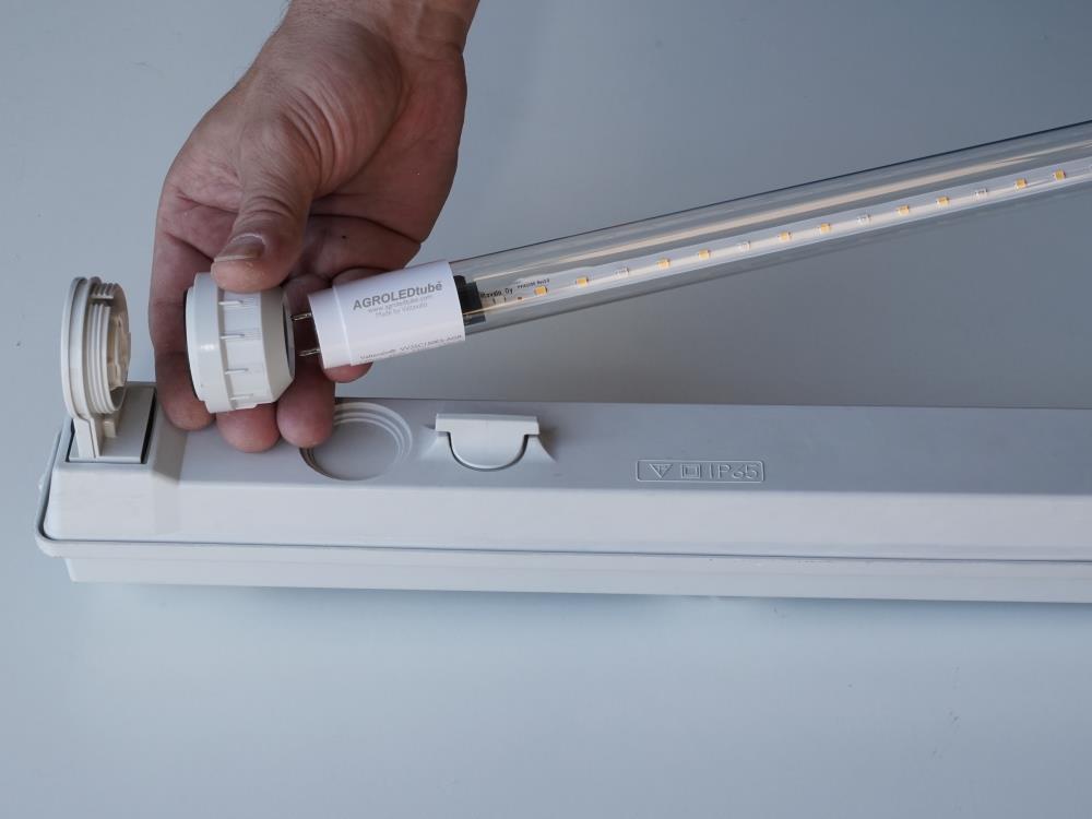 Armatuur DFA met 1 lamp 1200mm tbv AGRO LED