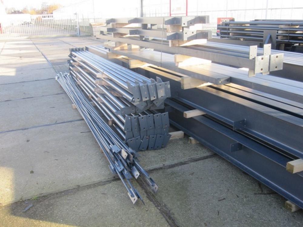 Constructie bedrijfshal staal 15,0m x 40m nieuw
